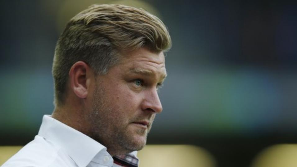Oxford manager Karl Robinson